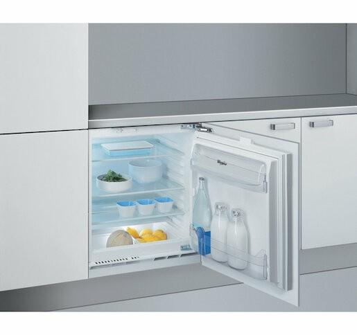 Vestavná chladnička Whirlpool ARZ005