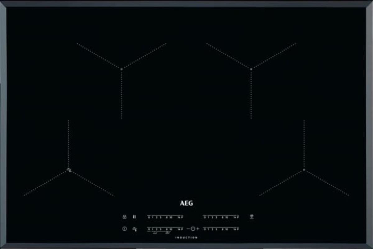 Indukční varná deska AEG černá IAE84431FB